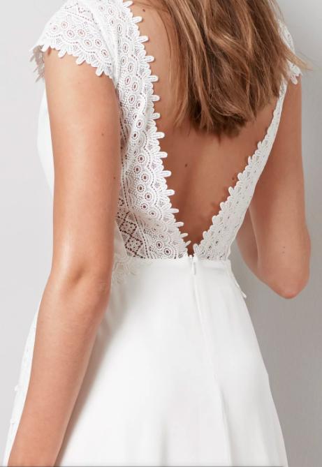 Wedding dress with low back , By Malina