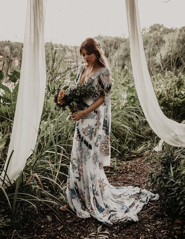 vigselbåge skogsbröllop
