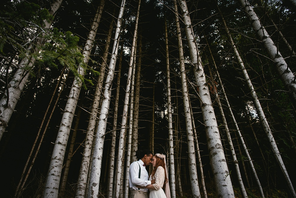 zephyr-luna-elopement-woods-france (24).jpg