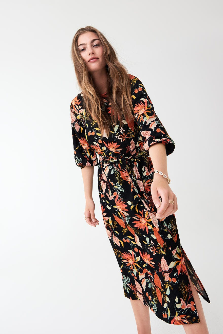 Mönstrad klänning , Gina Tricot