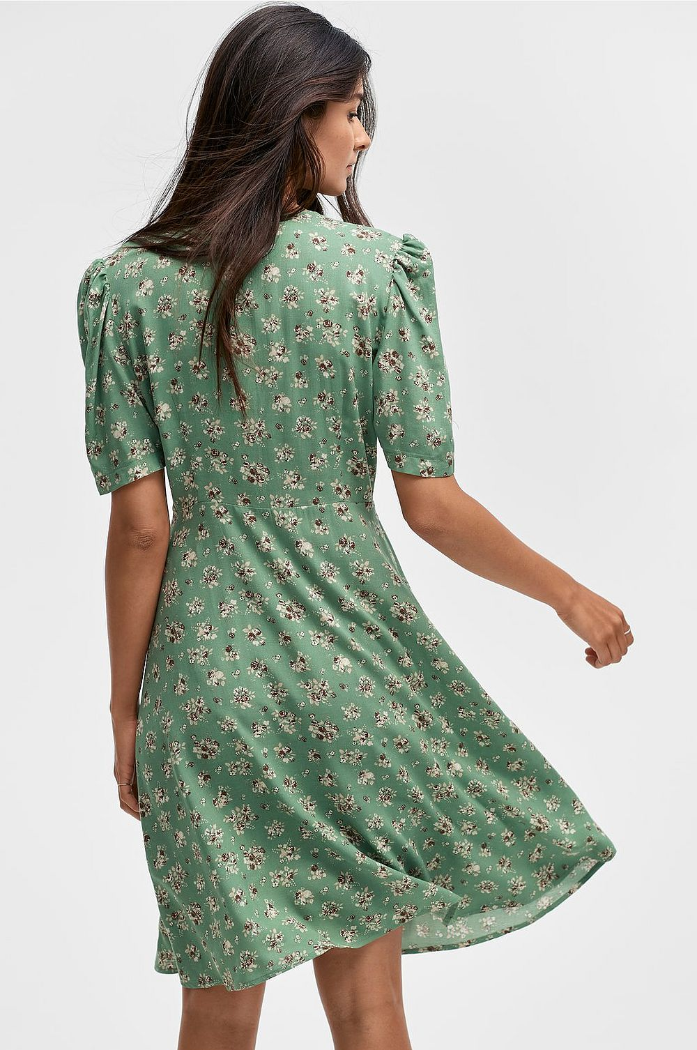 Grön klänning , Ellos