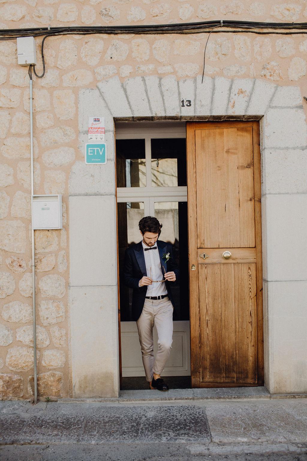 brudgum bröllop kostym stil