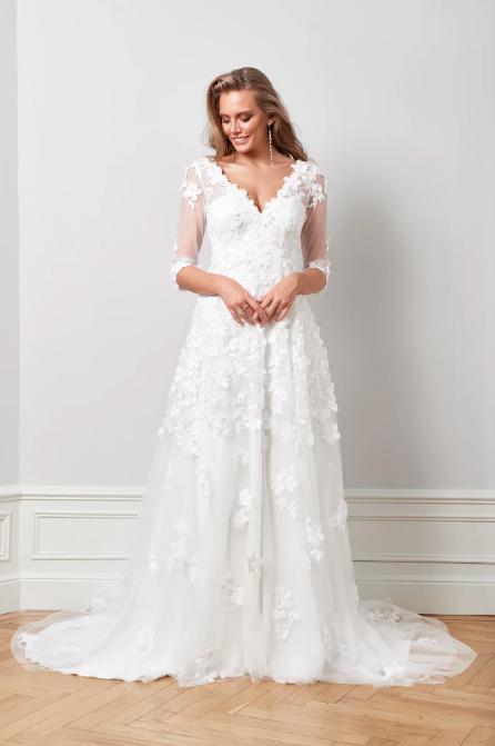 Wedding dress , By Malina