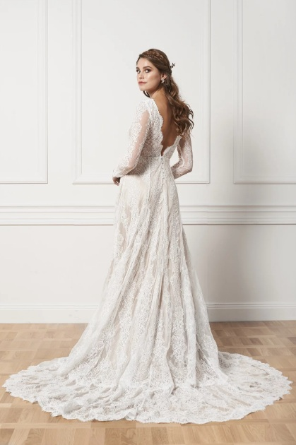 Lace bridal gown with train , By Malina