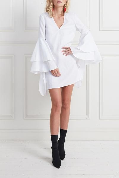 White dress,  Seezona