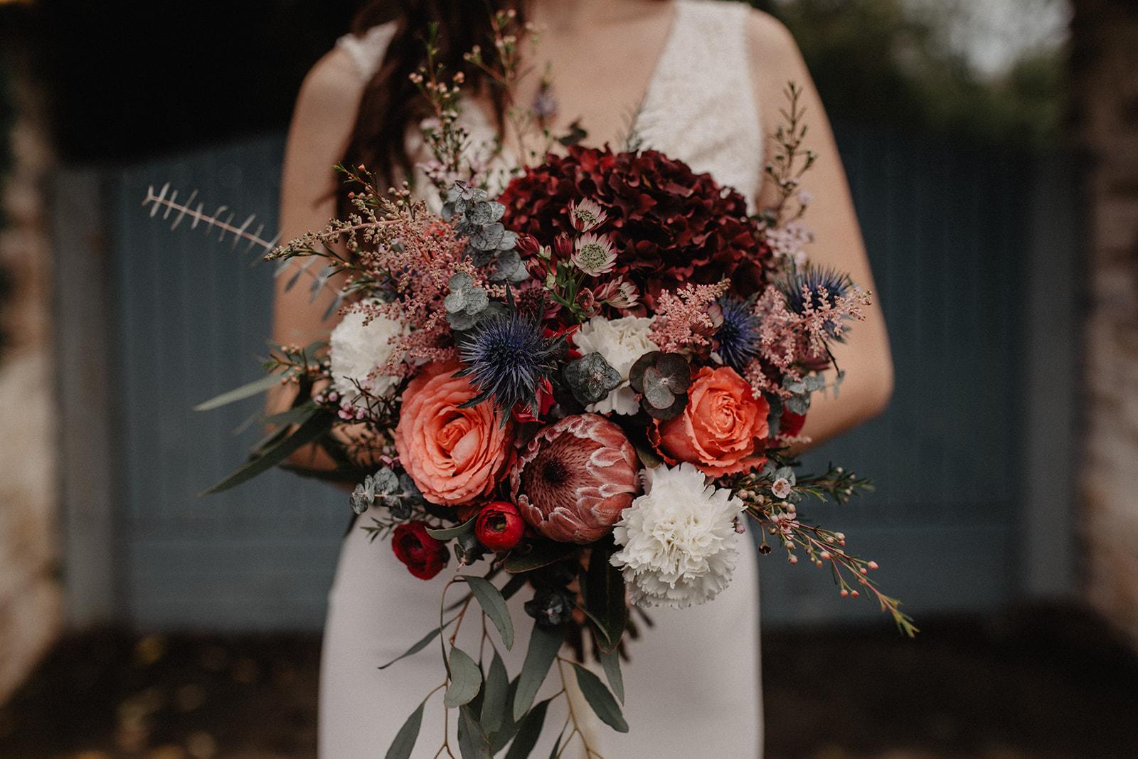 brudbukett höstbröllop blommor i säsong höst