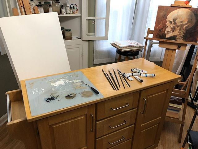 I never, in a million years, thought that I'd be as excited as I am for this piece of Craigslist furniture. I've been wanting a taboret for my studio for a long time but the ones made for artists are very expensive. I've made due with utility carts and folding tables but the tables are too short to work on while standing and the carts are too small to comfortably use my palettes. After a month of looking I found this kitchen cart that has a folding leaf and is counter height. Lots of storage and a paper towel roll holder. Seriously, it's perfect and at 90 bucks it is a fifth of the cost of a taboret of comparable size😬😌. Alright, I'm done gloating. Might not have all the bells and whistles but it'll do the trick! . . . . #art #artstudio #sometimesthrifty #taboret #studio #oilpainting #artist #rochesterny #rochester #rochesterArt #tranditionalart #studioart