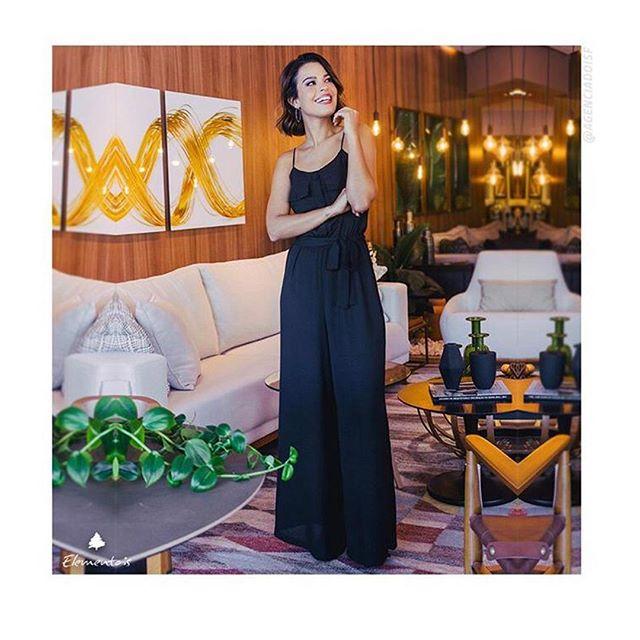 Quando moda e decoração se encontram  A #ElementaisBrasil (@elementaisbrasil) aportou em nosso novo showroom, desfilando seu lifestyle casual, chic e baiano.  _____ #CasaNandos #Decoracao #Design #ArquitetosDeSalvador #DesignDeInteriores #DesignBrasileiro #30anos #Decora #Salvador #Itaigara #ShoppingCidade