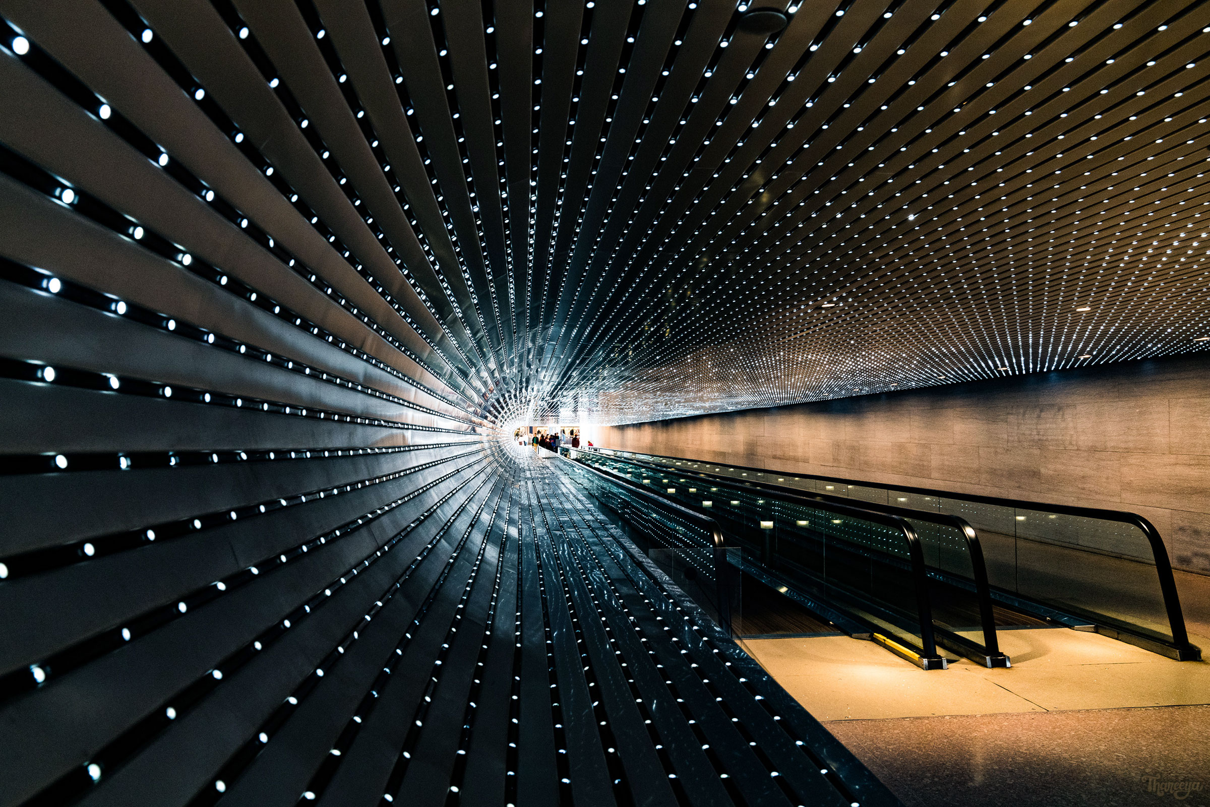 """Multiverse"" Light Sculpture by Leo Villareal in the tunnel connecting the East and West Buildings of the National Gallery of Art in Washington DC"