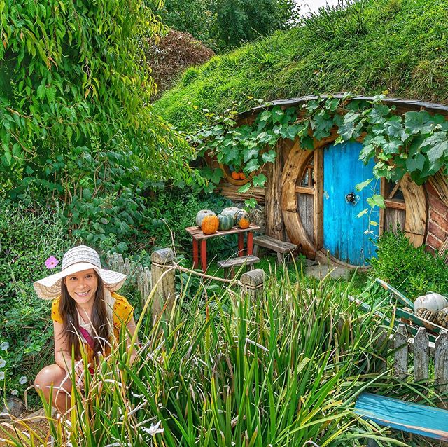 A few more faves from my visit to Hobbiton! 🌻🍄☘️ ⠀