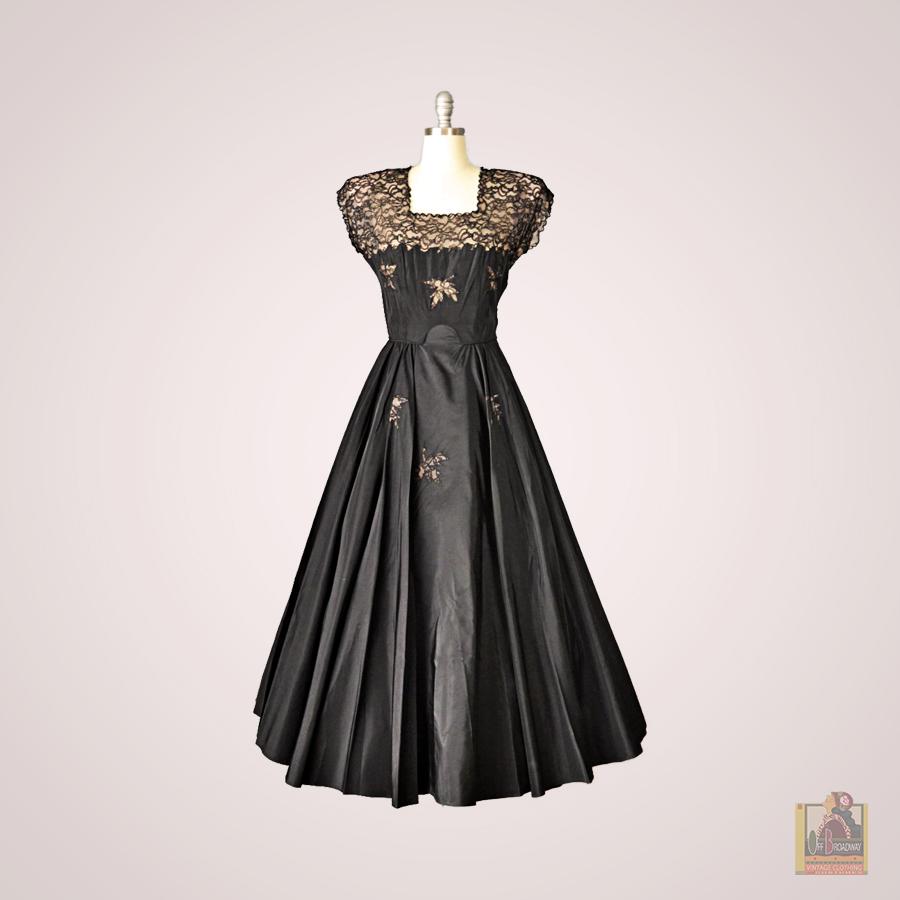 Black Full Skirt.jpg