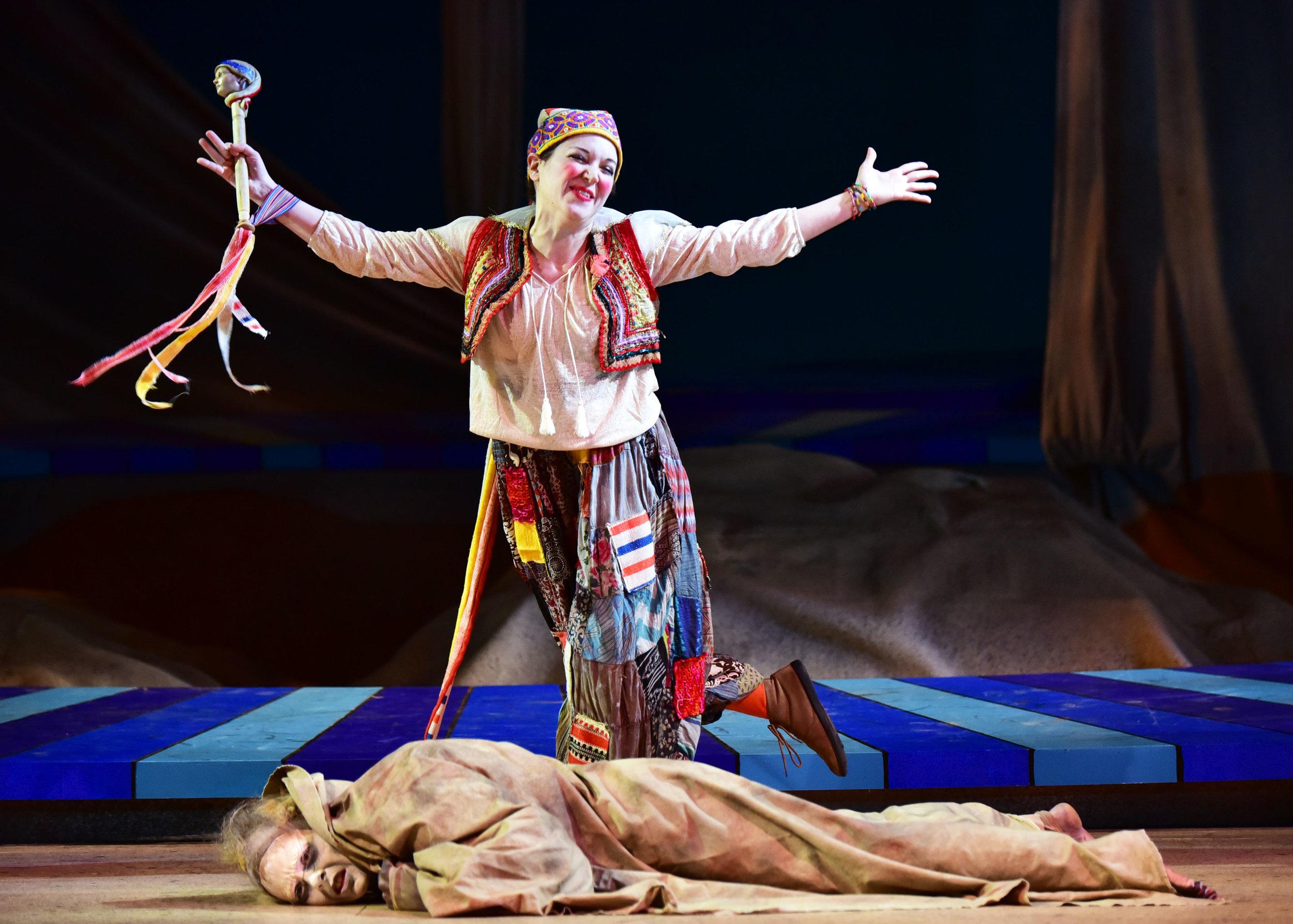 Tara Chiusano as Trinculo and Ashley Dillard as Caliban.