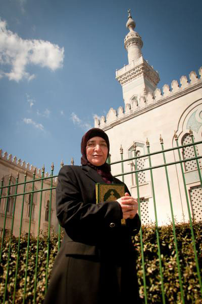 DR. ZAINAB ALWANI     Jurist, Professor of Arabic and Islamic Studies, Community Activist for Women's and Family Issues, Writer & Mother