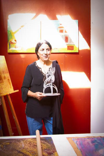 SALMA ARASTU     Painter, Sculptor, Printmaker, Poet, Businesswoman & Mother