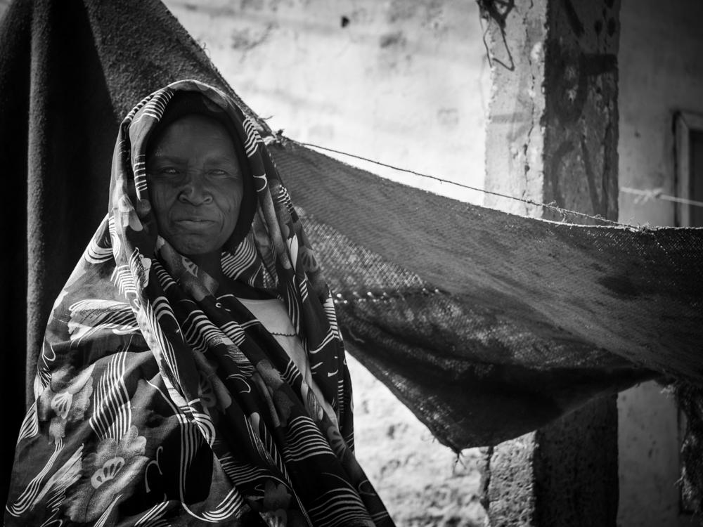 nyala-merchantwoman.jpg