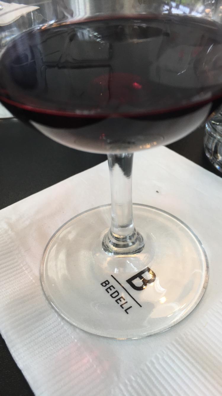 taste_of_purple_visits_bedell_cellars_wine.png