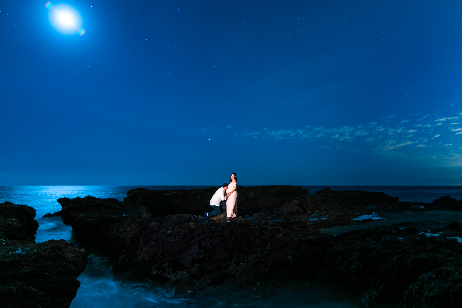 Laguna-Beach-Maternity-session-Lily-and-Erick-.JPG