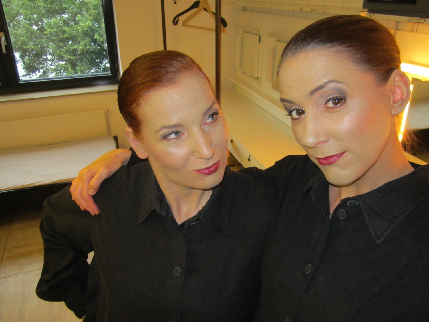 """In """"Satyagraha"""" garb backstage at Oper Bonn, Germany with Bea Robein"""