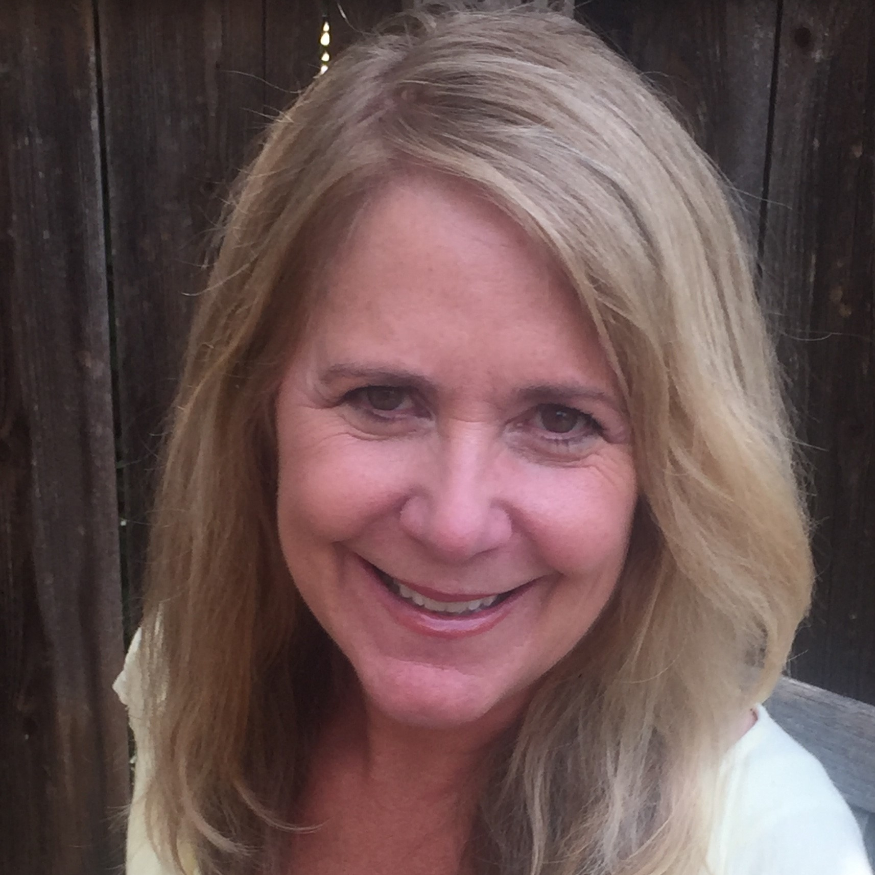Kira Brissenden, MSW, LCSW  Individual & Family Psychotherapy, Supervision