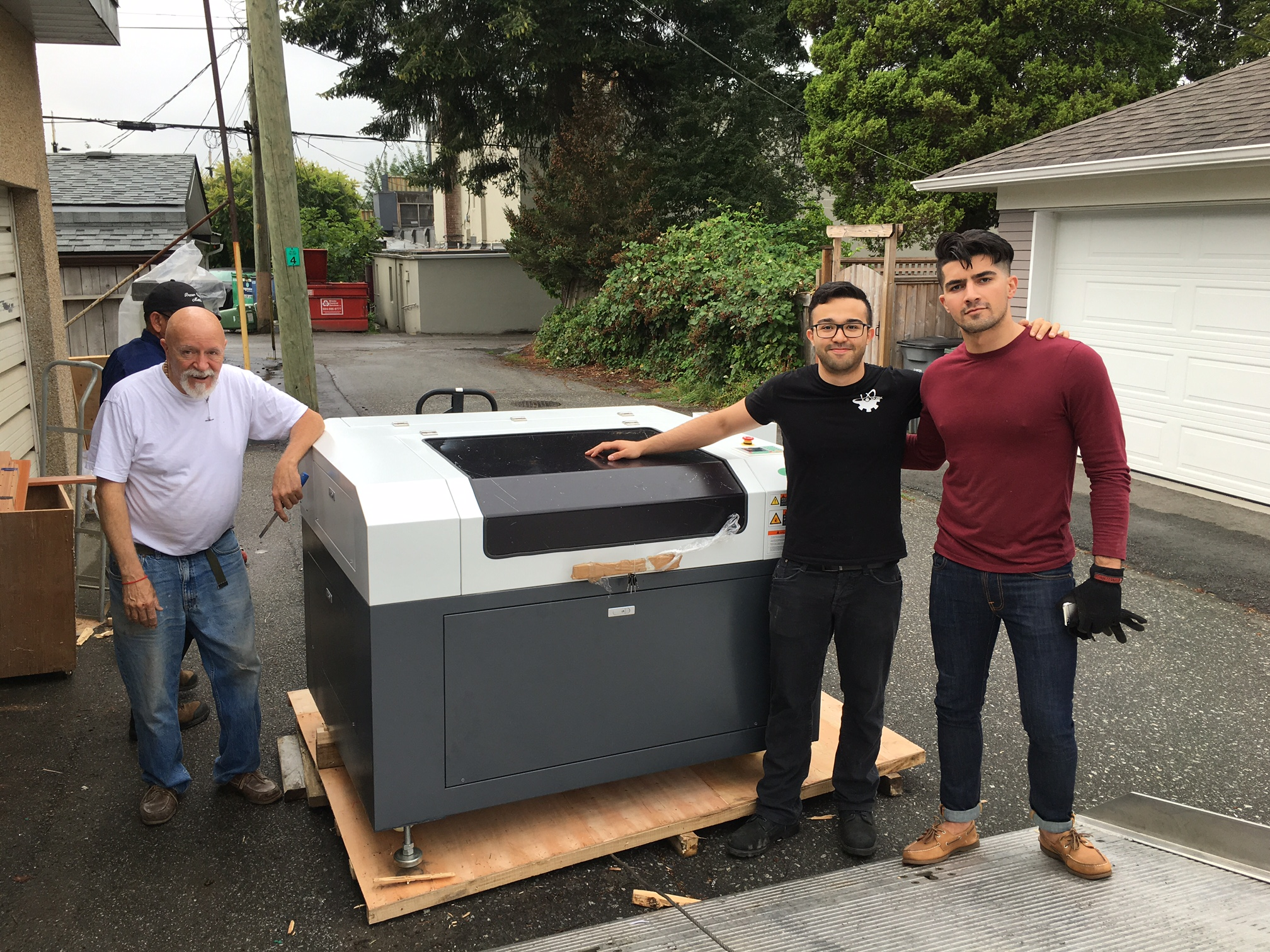 Wayne & Francisco  - Machine: SP-9006SYear: 2016Business/Use: Charity work & prototyping