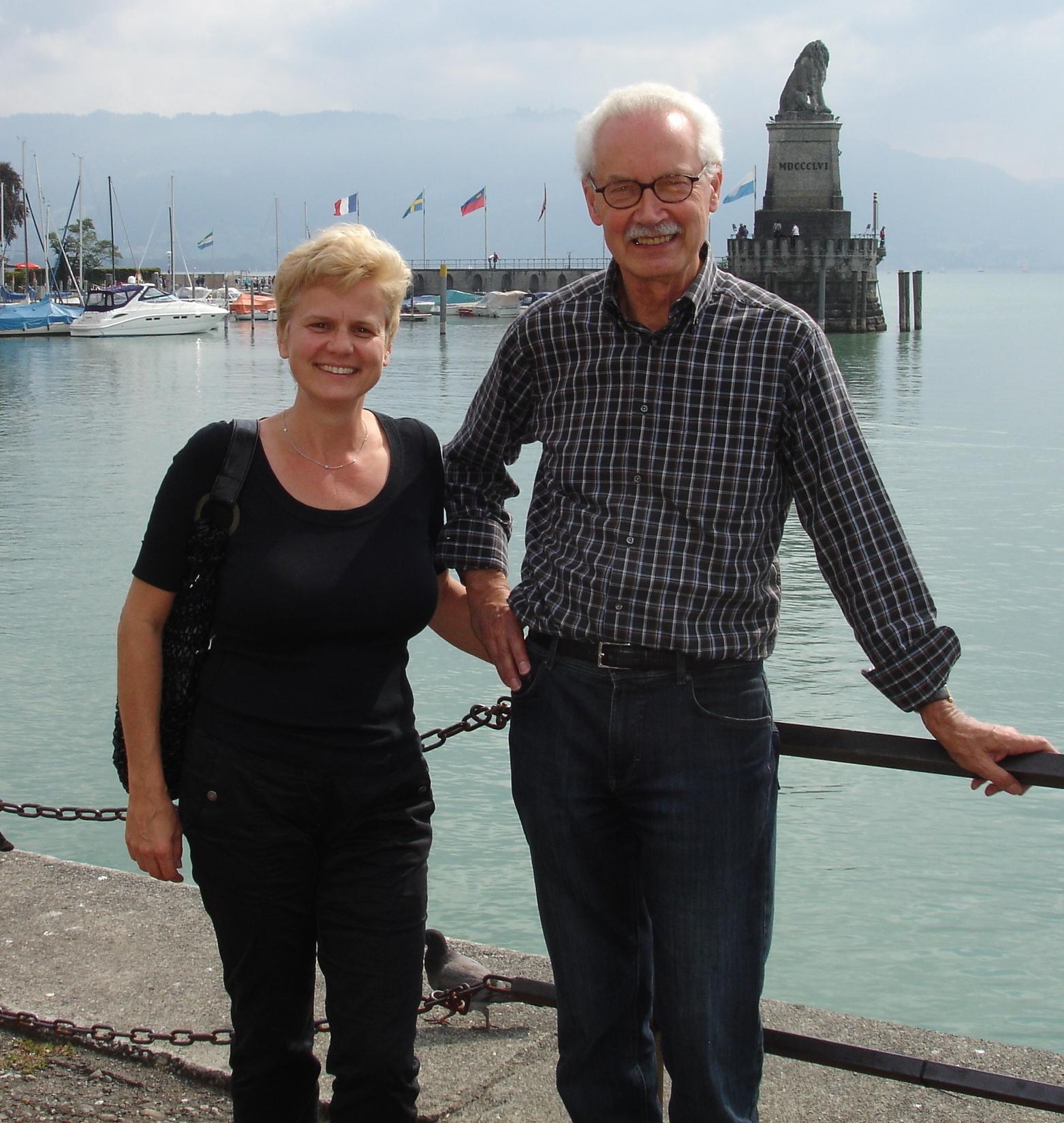 Mit dem Autor Hermann Vinke verbindet mich eine seit über 12 Jahren eine intensive Zusammenarbeit an vielen Büchern.