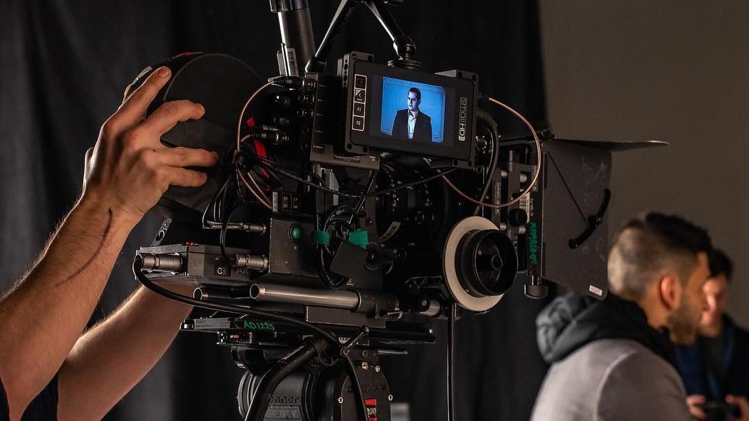 16mm camera on set.  Photo via Jeff's Instagram .