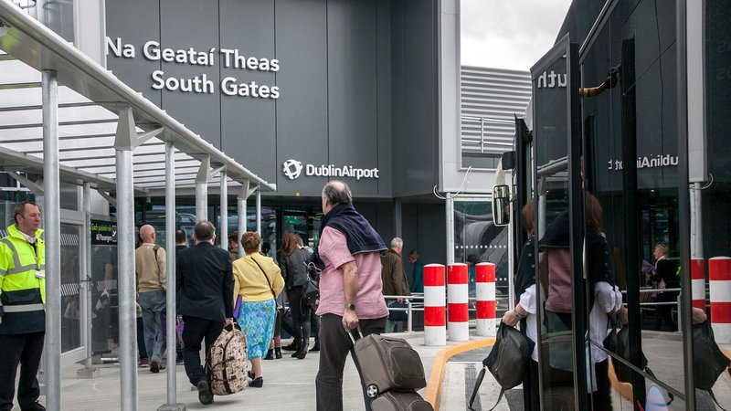airport-south-gates.jpg
