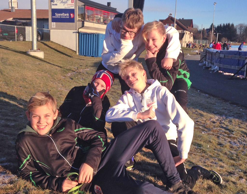 Jørgen, Viktor, Robin (Hol IL), Joren (Hol IL) og August (Foto: Gaute Andresen)