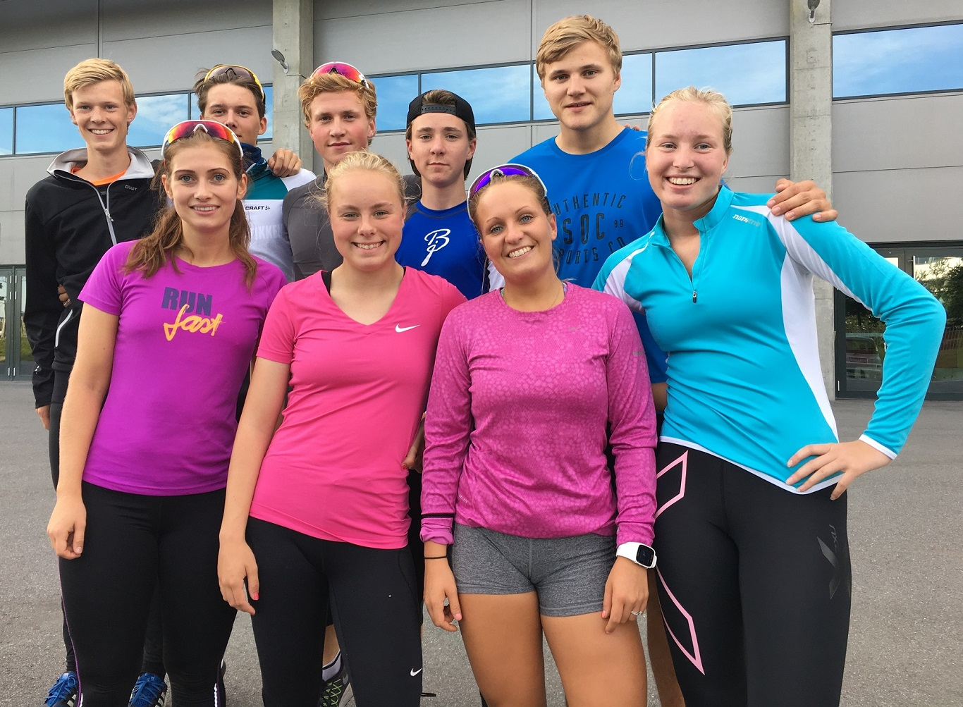 Klubbens nye treningsgruppe.Gutta fra venstre: Thomas, Allan, Marius, Kyrre og Jonas Jentene fra venstre: Rannei, Ylva, Marichen og Ragne