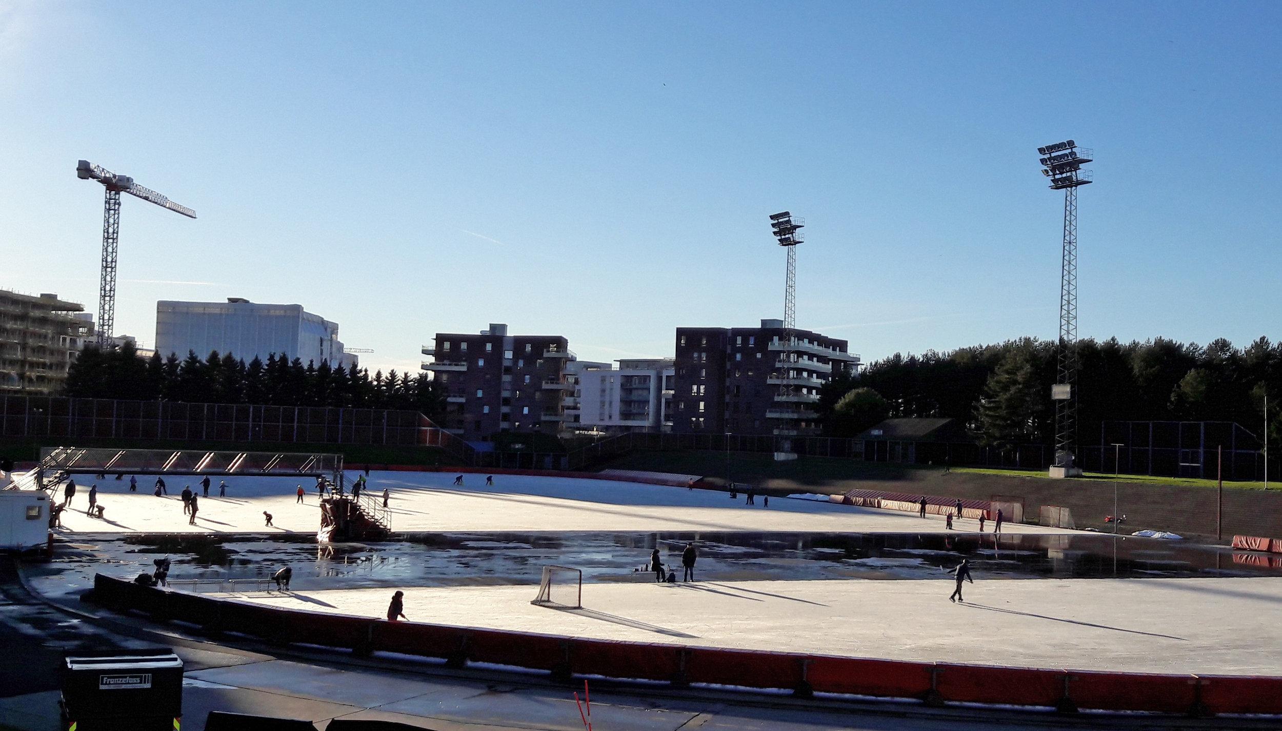 Vi skriver 18. november, og ennå har vi ikke en brukbar hurtigløpsbane i Oslo (Foto: Sven-Åge Svensson)