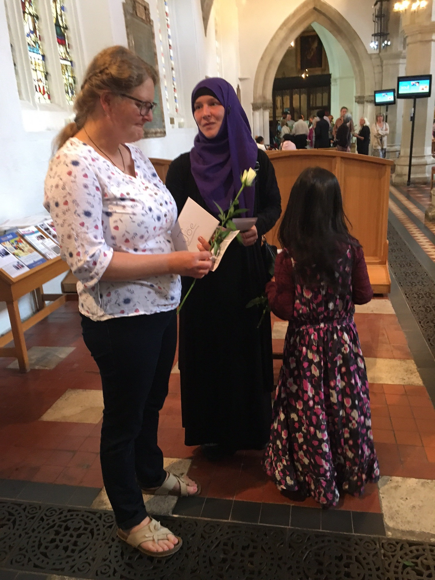 "Ulrike Hunt, a member of St Mary's wrote afterwards: "" I was moved to tears at their message that the Muslim community of Luton is committed to countering those hateful actions with love. This is what I love about Luton!"""