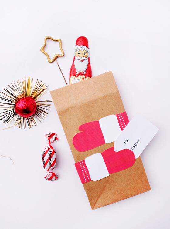 printable-holiday-hug-bags-oh-happy-day-Design-Crush.jpg