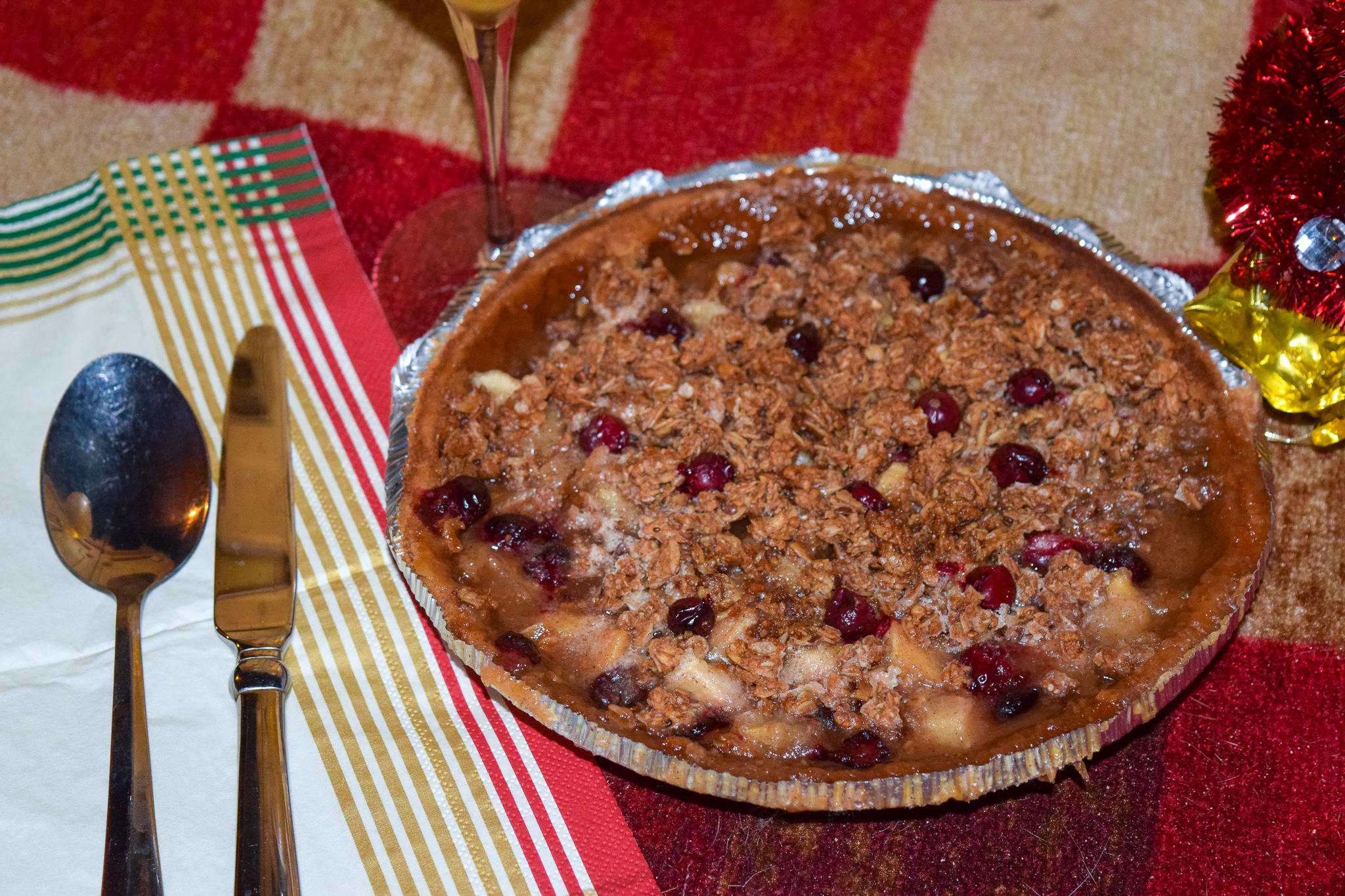 Apple Cranberry Pie.jpg