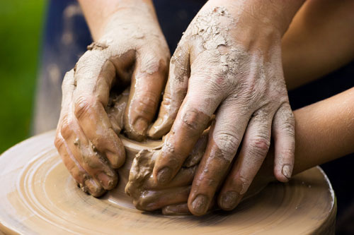 teacher-student-throwing-pottery-humility