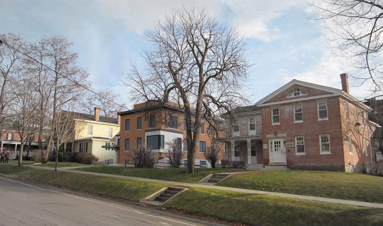 289 College Street Apartments