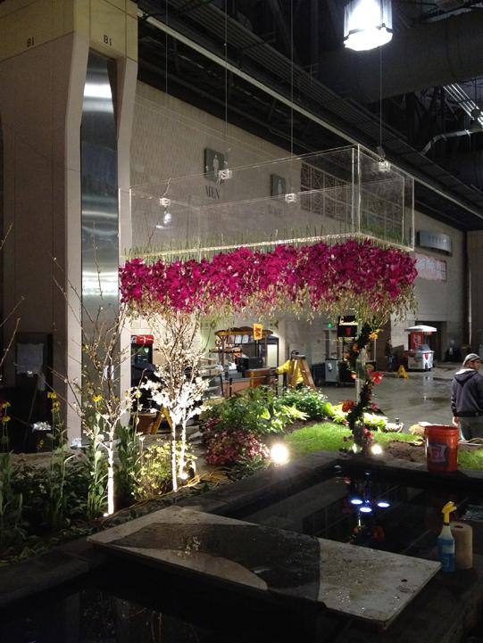Sullivan-Owen-Floral-Chandelier-Flower-Show-2012-Philadelphia