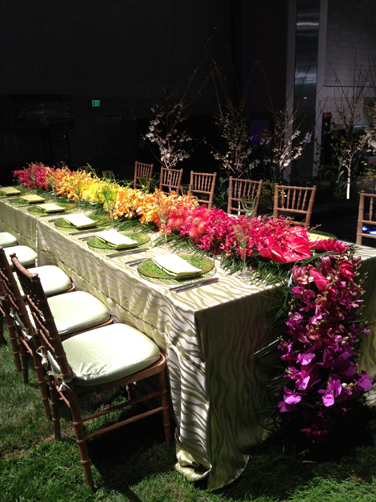 Sullivan-Owen-Floral-Runner-Tropical-Hawaii-Flower-Show-2012