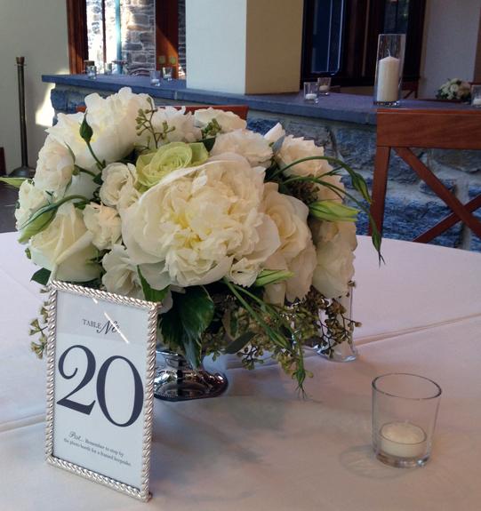 Sullivan-Owen-White-Wedding-Floral-Design-Philadelphia