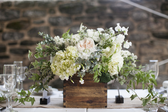Sullivan-Owen-Philadelphia-Wedding-Florist-White-Green-Lovemedo-4