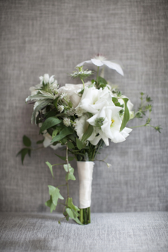 Sullivan-Owen-Philadelphia-Wedding-Florist-White-Green-Lovemedo-Bridesmaid
