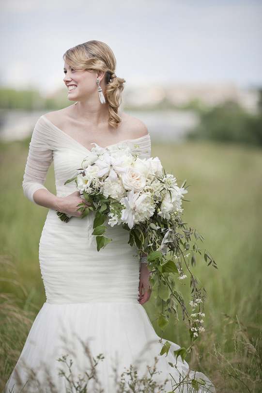 Sullivan-Owen-Philadelphia-Wedding-Florist-White-Green-Lovemedo-Cascade-Bouquet-2