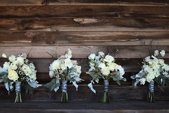 Sullivan-Owen-Alison-Conklin-Terrain-Winter-Wedding-Bridesmaid-Bouquets-Yarn-Wrapped