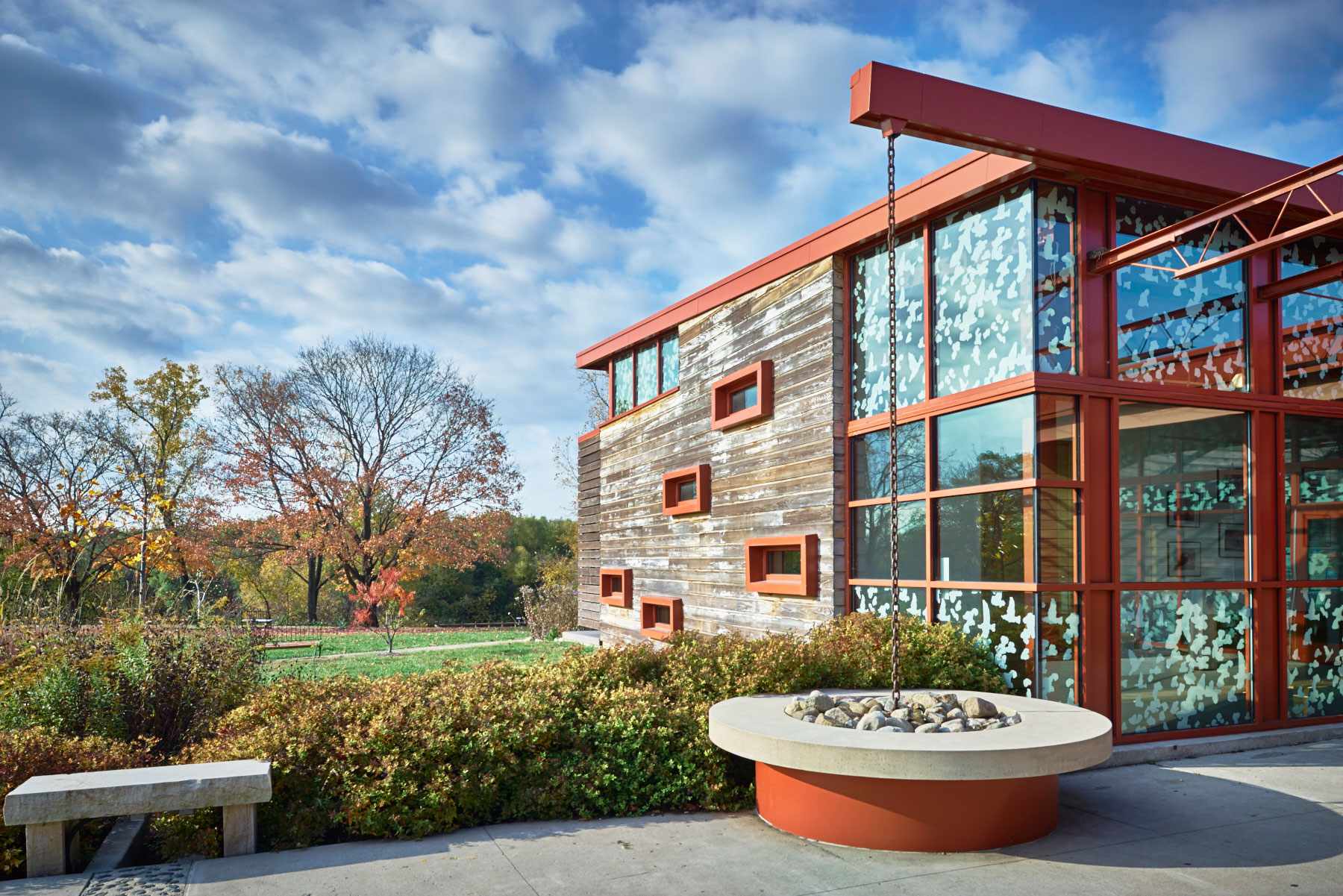 The Grange Insurance Audubon Center designed by Design Group is an architectural treasure. It is located on a former brownfield in the Whittier Peninsula, merely 1 mile from downtown Columbus.