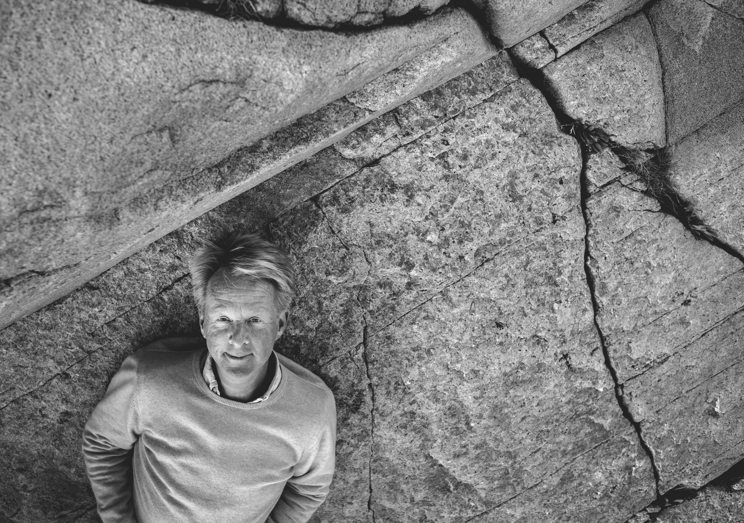 """""""Aldrig har jag blivit så berörd och fascinerad av någons livshistoria som jag blev när jag intervjuade Björn Lindeblad i  TV 4 Nyhetsmorgon den 4 augusti 2012 .""""     Laila Bagge Wahlgren"""