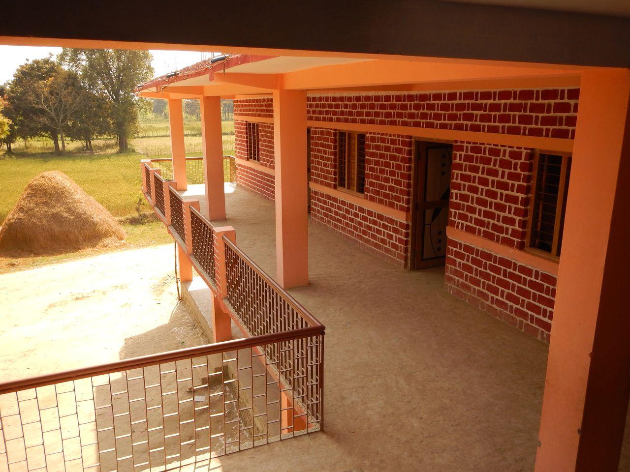 schoolbuilding verandah.JPG