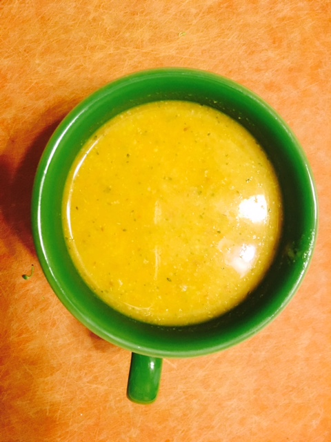 I just love to serve this soup in a brightly colored Fiestaware mug.