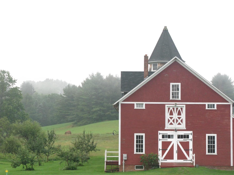 Morgan+Horse+Barn.jpg