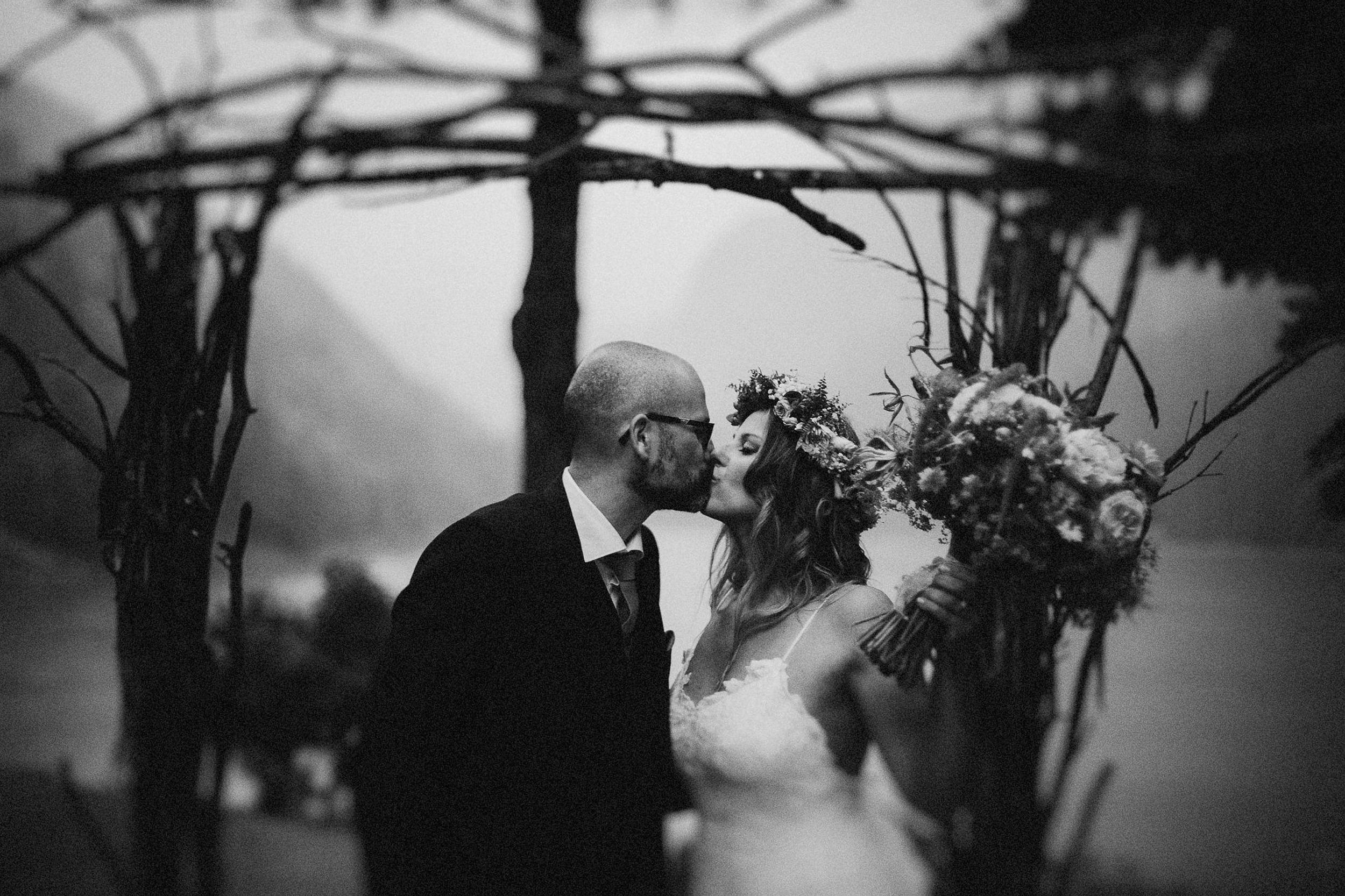 mariage-suisse-haute-savoie-domaine-baron-steven-bassillieaux-bordeaux-dordogne-wedding-photographe-57.jpg