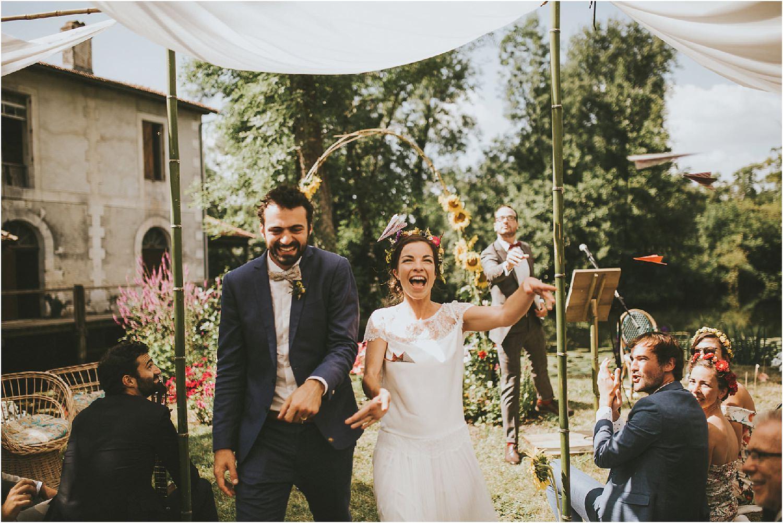 steven-bassilieaux-photographe-Mariage-bordeaux-dordogne-wedding-photographer-story telling-manege - caroussel - moulin de tocane - 191.jpg