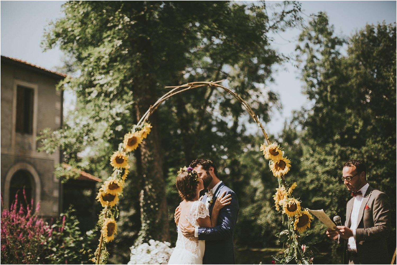 steven-bassilieaux-photographe-Mariage-bordeaux-dordogne-wedding-photographer-story telling-manege - caroussel - moulin de tocane - 198.jpg